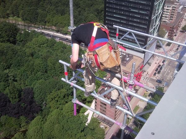 werken-op-grote-hoogte-Mundo-steigers